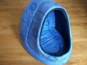 Blue Patterned Hooded Beds